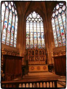 Vitraux-cathédrale-saint-Salvador