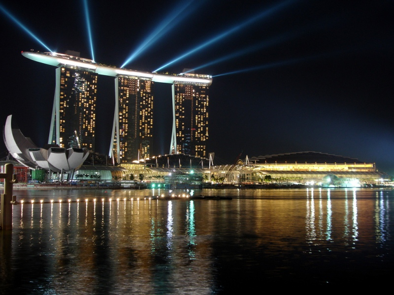 Marina_Bay_Sands_during_2010_Youth_Olympics_opening